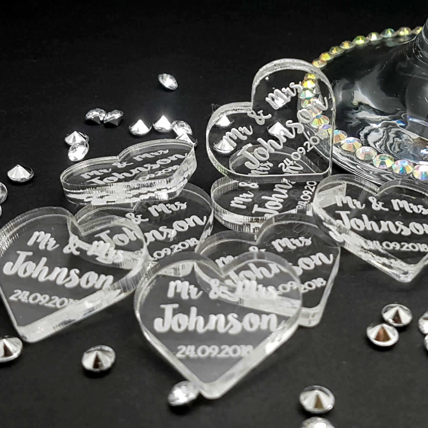 Little Gifts With Love - Personalised Acrylic Heart Mr & Mrs Wedding Table Decorations - Scatter Favours