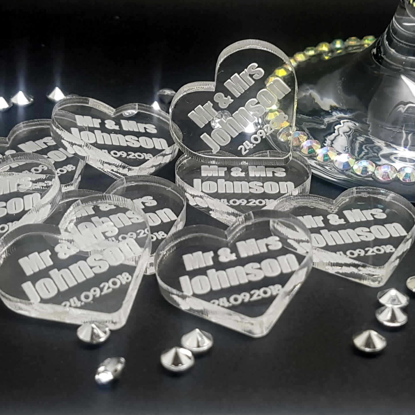 Little Gifts With Love - Personalised Heart Mr & Mrs Acrylic Wedding Table Decorations - Scatter Favours