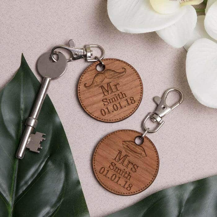 Little Gifts With Love - Set of 2 x Personalised Round Mr & Mrs Wedding, Valentines Day Keyrings Gift Set
